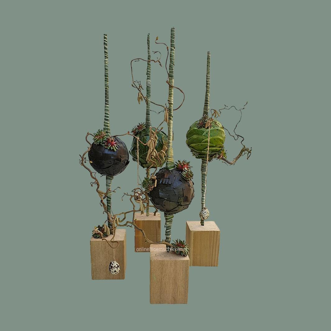 IB-092 | Floraal Object - met ballen